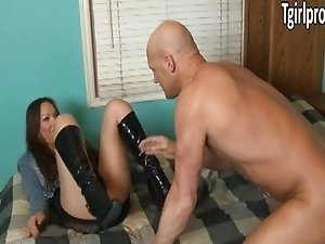 Prostitute Khloe Hart enjoy clients dick